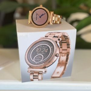 Michael Kors Access Smartwatch- Rose Gold